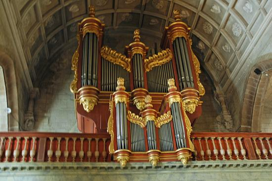 orgue-st-gildas-auray-2.jpg